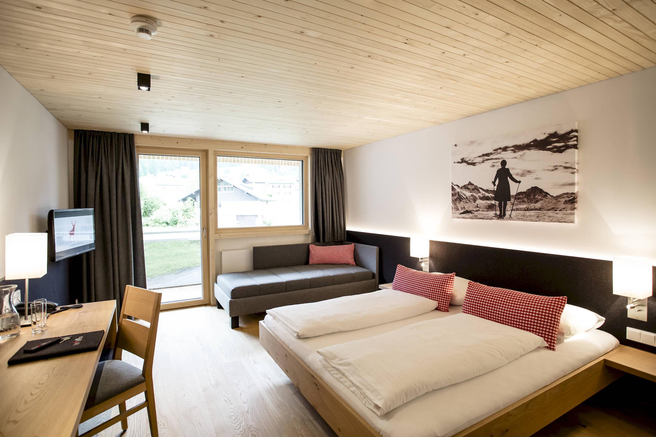 hotel hubertus mellau kaufmann zimmerei tischlerei. Black Bedroom Furniture Sets. Home Design Ideas