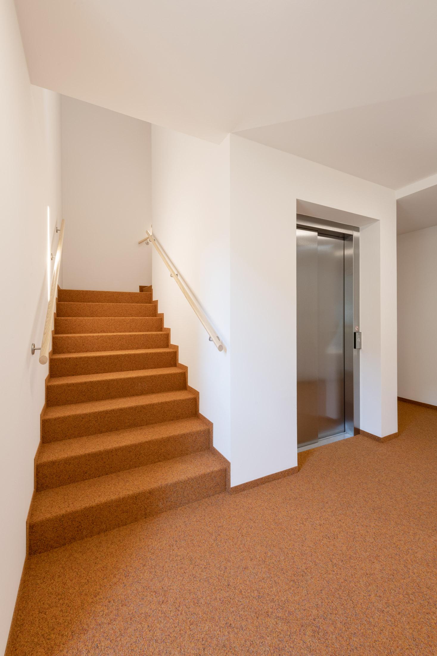 hotel l wen teamhaus schruns kaufmann zimmerei. Black Bedroom Furniture Sets. Home Design Ideas